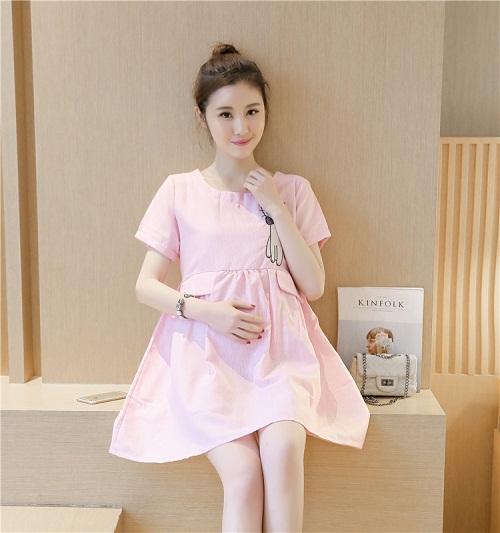 Váy bà bầu dự tiệc dạ hội phong cách màu hường dễ thương